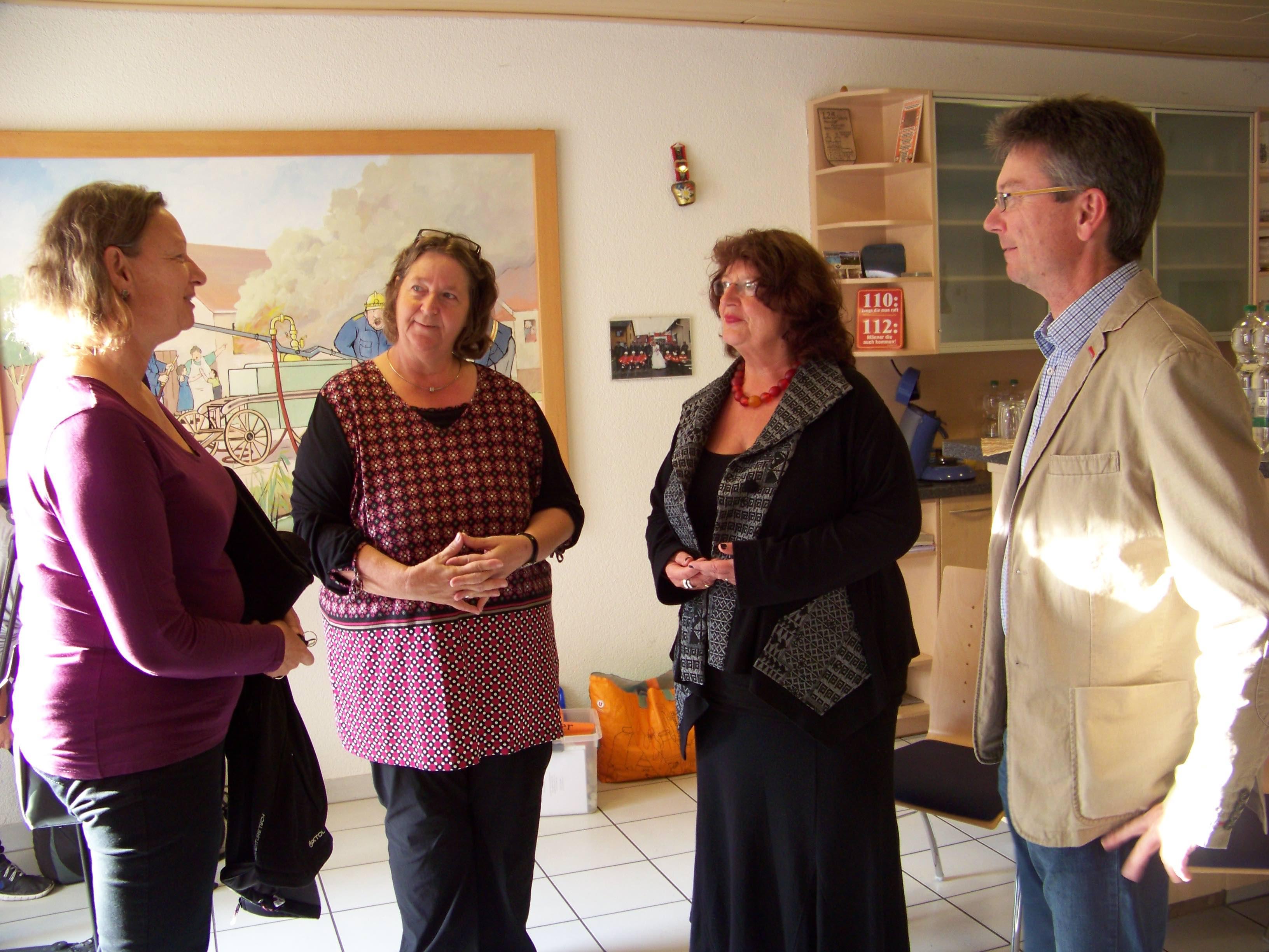 Bärbl Mielich MdL besucht Café Tuniberg